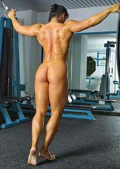 Female, Bodybuilder. #art #anatomy #artreference #anatomyreference #humanbody #animalbody