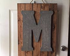 7 Incredible Tips: Rustic Art Studio country rustic centerpieces.Unique Rustic Centerpieces rustic chair for desk. Rustic Desk, Diy Rustic Decor, Rustic Farmhouse Decor, Wooden Decor, Modern Rustic, Rustic Cafe, Rustic Logo, Rustic Office, Bedroom Rustic
