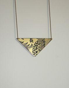 Kette Dreieck mit Spitzenaufdruck // necklace triangle with laces by ... amba ... via DaWanda.com