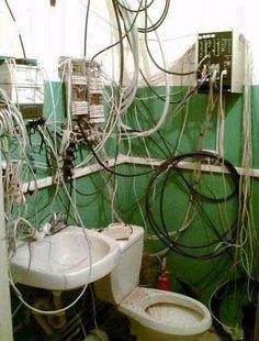 Tranquilli, è tutto a norma. Sono un elettricista!