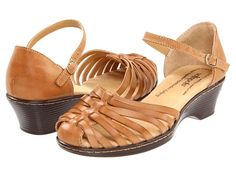 Dressed-up sandals are so cute! :D