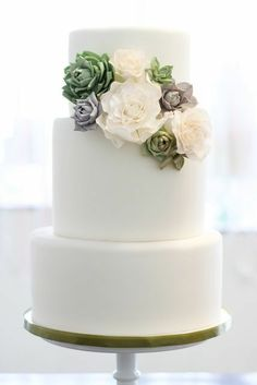 REVEL: Succulent Cake Love this 3 layer White cake with succulent cluster detail between 1-2 layer as it slightly cascades.