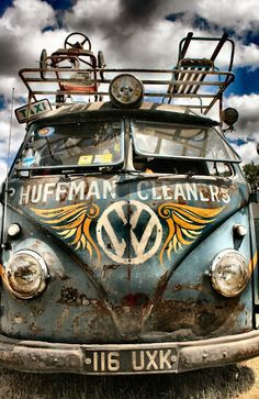 Volkswagen bus #VW #Volkswagen with awesome patina. #vintage #style