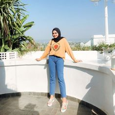 Muslim Fashion, Hijab Fashion, Ootd, Hijab Outfit, Muslim Women, Casual Outfits, Outfit Ideas, Normcore, Korean