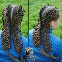 I couldn& resist posting this one, it is absolutely flawless! Baby Girl Hairstyles, Fancy Hairstyles, Creative Hairstyles, Braided Hairstyles, Cool Braids, Braids For Long Hair, Curly Hair Styles, Natural Hair Styles, Crazy Hair Days