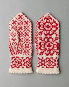 Norwegian Votter-see thumb motif Knitted Mittens Pattern, Crochet Mittens, Fingerless Mittens, Knitted Gloves, Knitting Designs, Knitting Stitches, Hand Knitting, Knitting Patterns, Wrist Warmers
