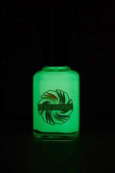 Glow in the Dark  #nails, FUN! ==
