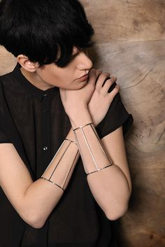 Design Digest | Contemporary Accessories viline bracelet