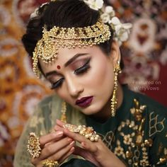 Awesome Ideas for Pakistani and Indian Bridal Makeup, Jewelry, Lehnga and Mehndi Designs Indian Wedding Makeup, Bridal Eye Makeup, Bridal Makeup Looks, Bride Makeup, Bengali Wedding, Indian Makeup, Pretty Makeup, Bride Photography, Indian Wedding Photography