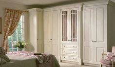 Step forward linen press. often used infront of a chimney breast for extra depth. #shakerstyle #wardrobes #traditionalrobes #bedroom