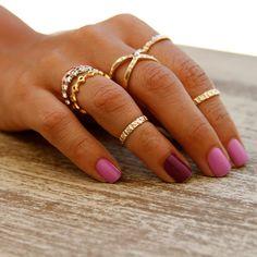 Mix de anéis para um look fashionista!