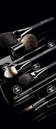 Chanel Beauty | LBV ♥✤ | KeepSmiling | BeStayBeautiful. makeup brushes