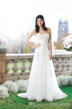 Discount 2014 Empire Wedding Dresses A Line Beach Sweetheart Lace Bodice Covered Button Sleeveless Beading Chiffon Bridal Gowns Couture Online with $131.73/Piece | DHgate