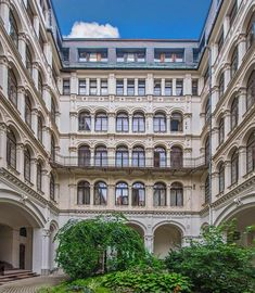 Budapest, Multi Story Building, Mansions, House Styles, Home Decor, Decoration Home, Room Decor, Fancy Houses, Mansion