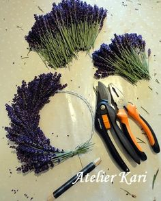 Atelier Kari creates wreaths, hearts and decorations from beautiful natural materials ., Atelier Kari creates wreaths, hearts and decorations from beautiful natural materials. Lavender Wands, Lavender Crafts, Lavender Wreath, Lavender Bouquet, Deco Nature, Nature Decor, Nature Crafts, Deco Floral, Arte Floral
