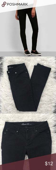 Kenneth Cole Black Skinny Jeans Size 28 Kenneth Cole black jeans. Waist is about 15 in across, rise is about 9 in, inseam about 29.5 in and leg opening is about 6 in across. Very minor fading. Kenneth Cole Jeans Skinny