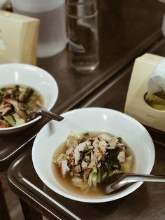 Découvrir la Thaïlande du Nord: Lampang, Phrae, Nan & Chiang Rai #Phrae #Thailand #NorthofThailand Lampang, Chiang Rai, Phuket, Nan, Bons Plans, Ethnic Recipes, Food, Cookout Restaurant, Eten