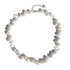 Aidot helmikorut makeanveden helmistä - Verkkokauppa Korulipas Pearl Jewelry, Pearl Necklace, Helmet, Pearls, Bracelets, Bangle Bracelets, String Of Pearls, Hockey Helmet