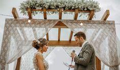 Fotografia Casamento Santos - Carlos Alberto Fotógrafo de Casamento em Santos Wedding Dresses, Wedding On The Beach, Wedding Shot, Beautiful Images, Weddings, Couple, Engagement, Events, Bridal Dresses