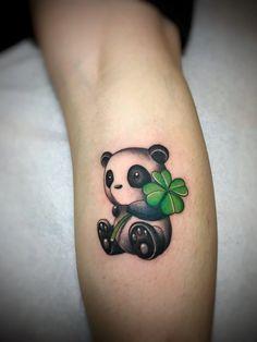 Bts Tattoos, Wrist Tattoos, Mini Tattoos, Body Art Tattoos, Arm Band Tattoo For Women, Tattoos For Women Small, Small Tattoos, Lila Tattoo, Image Panda