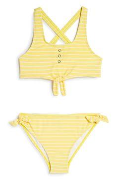 Older Girl Yellow Bikini Fashion News, Latest Fashion, Swimsuits, Bikinis, Swimwear, Buy Gift Cards, Yellow Bikini, New Outfits, Bikini