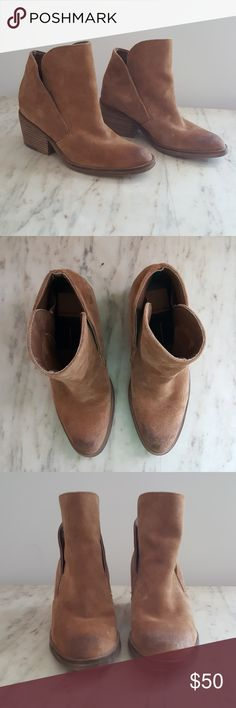 "Dolce Vita Suede Tan Booties Beautiful dolce vita suede booties in a classic and neutral tan color. Has a comfortable 2.5"" heel height.  Gently worn in, the suede in the toe areas is a little worn, no major flaws noticed. Dolce Vita Shoes Ankle Boots & Booties"