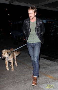 6...The 20 Most Flawless, Perfect Pictures Of Ryan Gosling At The Airport