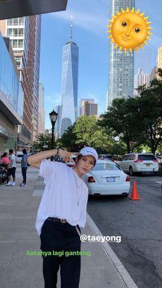 daily basis nct 🍑 #fiksipenggemar # Fiksi penggemar # amreading # books # wattpad Boyfriend Kpop, K Idol, Yuu, Foto Bts, Reaction Pictures, Couple Pictures, Taeyong, Boyfriend Material, Future Husband