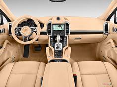 2017 Porsche Cayenne: Dashboard