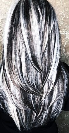 Black Hair With Grey Highlights, Black And Silver Hair, Silver Hair Highlights, Silver Blonde Hair, Long Gray Hair, Frosted Hair, Grey Hair Inspiration, Gorgeous Hair, Beautiful