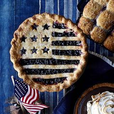 This patriotic pie  is the perfect finish for your 4th of July celebration! With our Flag Pie Crust Cutter, this festive top is super simple to do. Shop it using the link in our profile.