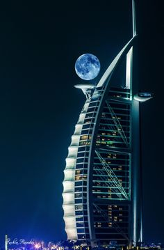 Moon seen in Dubai. Stunning! It looks like a space station.