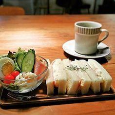 .タロ コーヒー (talo coffee) 週替わりサンドイッチ 豆乳入りポテサラとロースハムのサンドイッチ(ドリンク&ミニサラダ) お昼食べそこねた!や小腹が空いた!そんな方におすすめです(^^) #サンドイッチ#cafe#カフェ#喫茶店#コーヒー#coffee#talocoffee#タロコーヒー #大阪#天王寺#上本町