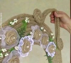 Beautiful Wall Decoration Idea for your house! Diy Home Crafts, Diy Arts And Crafts, Paper Crafts, Diy For Kids, Crafts For Kids, Stair Art, Rope Decor, Diy Gifts For Boyfriend, Diy Clay