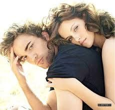 im know im almost 30...but i love me some twilight :)