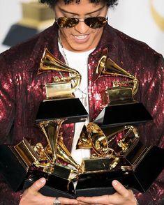 """CONGRATULATIONS! #Finesse#Grammys #thegrammyawards #thegrammyawards2018 #madisonsquaregarden…"""
