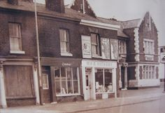 Pubs of Manchester: Station <b>Hotel</b> / Welcome <b>Inn</b>, Bolton Road Salford City, Local History, Old Pictures, Manchester, Mansions, House Styles, Places, Shops, Spirit