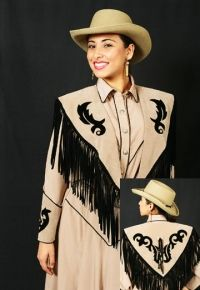 Beige velvet shawl is decorated with hand cut applique, silver color . Western Dresses, Western Outfits, Western Style, Western Wear, Velvet Shawl, Short Fringe, Dance Outfits, Silver Color, Westerns