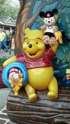 #Duffy and Buffy hangin out with #WinnieThePooh....doin bear stuff