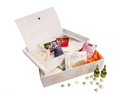 Our Wedding memorypocketbox makes the perfect gift for the happy couple to store all their memories of the special day #giftideas #wedding #weddinggift #memorypocketbox #keepsake http://gelinshop.com/ipost/1518847568316991154/?code=BUUB9DxgAay