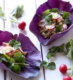 Meatless Mondays with Martha Stewart – Earth Bowls with freekeh, cabbage, radish & pea shoots Vegetarian Recipes, Healthy Recipes, Meatless Monday, C'est Bon, Snack, Food Presentation, Raw Vegan, Organic Recipes, Food Photo