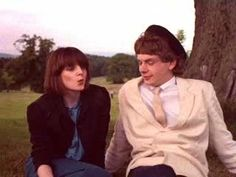 Someone help me with my critical essay on gregorys girl?ssay on gregorys?