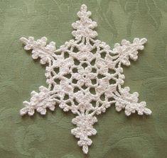 Pattern: 1年中使えるクリスマス&ウィンターパターン100 Thread: Ski Cotton Gloss Hook size: US 8 (1.5mm) Blog