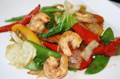 Shrimp Stir Fry.. a quick and delicious way to prepare shrimp with fresh vegetables. The base sauce is absolutely incredible.