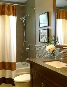 Calvert Residence - Family Bathroom