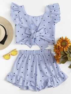 Shop Gingham Frill Trim Bow Tie Back Top With Shorts online. SHEIN offers Gingham Frill Trim Bow Tie Back Top With Shorts & more to fit your fashionable needs. Cute Casual Outfits, Cute Summer Outfits, Crop Top Outfits, Teen Fashion Outfits, Outfits For Teens, Girl Fashion, Gothic Fashion, Baby Girl Dress Patterns, Dresses Kids Girl