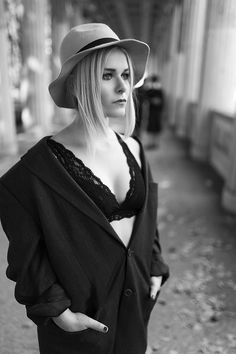 fashion, inspiration, style, outfit, tomboy, look, sexy, jacket, yves saint laurent, berlin, london, girl, woman, female, model, hat, fall, trend, fashion blogger, blonde, hair, photography, jacket, cool, black/white, shoes, edgy, chic, stylish, christina key, christina keys blog, christina key's blog, freiburg, germany, hip, lace, bra, black, all black, town, city, impression, pose, model, body, curves,