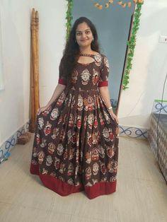 Long Gown Dress, Frock Dress, Anarkali Dress, Kurta Designs Women, Kurti Neck Designs, Kalamkari Dresses, Indian Gowns Dresses, Frock Design, Designer Dresses