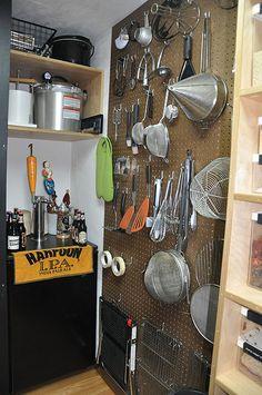 Pantry - peg board for kitchen utensils Kitchen Utensil Storage, Small Kitchen Organization, Kitchen Storage Solutions, Pantry Storage, Kitchen Pantry, Kitchen Utensils, New Kitchen, Kitchen Decor, Kitchen Items