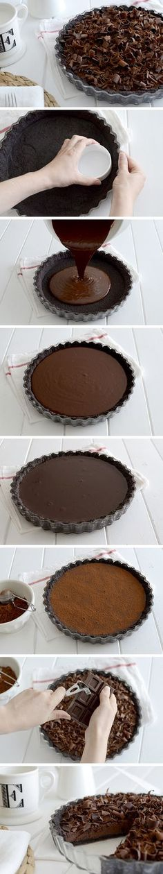 Chocolate tart - Tarta fina de chocolate by kristie Just Desserts, Delicious Desserts, Dessert Recipes, Yummy Food, Chocolate Desserts, Chocolate Chocolate, Chocolate Cupcakes, Chocolate Fashion, Oreo Desserts